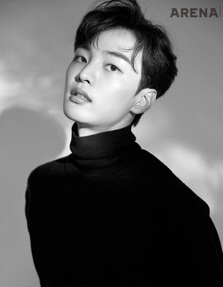 Lee Min Ho gây sốt với bộ ảnh mới