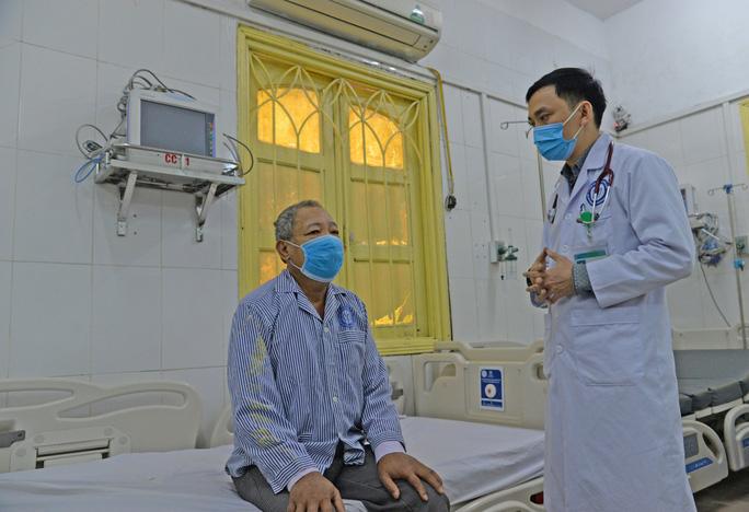 Uống liều thuốc gần 3 triệu đồng chữa đái tháo đường, người đàn ông nhập viện cấp cứu - Ảnh 1.