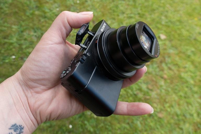 Máy ảnh Sony RX100 VI