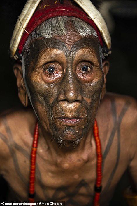 Thú vị loạt ảnh các bộ tộc độc đáo Ấn Độ - Ảnh 8.