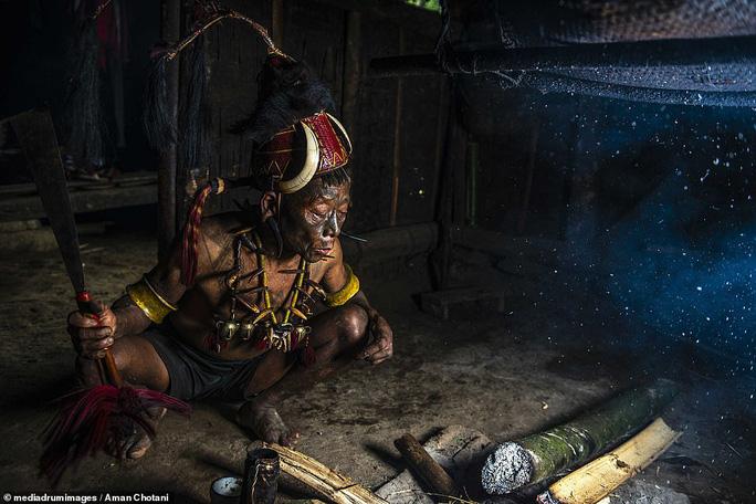 Thú vị loạt ảnh các bộ tộc độc đáo Ấn Độ - Ảnh 6.