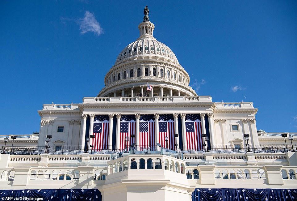 Toàn cảnh Nhà Trắng trước lễ nhậm chức