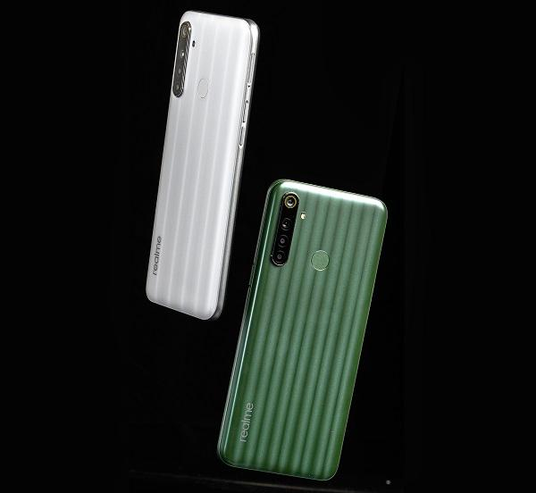 Hiện Realme 6i có 2 màu sắc trẻ trung và mới lạ là Trắng sữa và Xanh lục trà. Khi mua sản phẩm trong 3 ngày 08-10/5, khách hàng sẽ được hưởng chương trình trợ giá hấp dẫn, giảm ngay 500 ngàn đồng trực tiếp khi mua smartphone này
