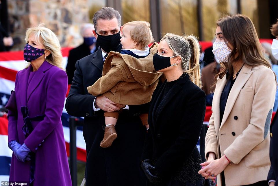 Hình ảnh gia đình ông Biden