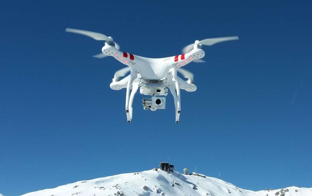 9 sản phẩm công nghệ đánh dấu thập niên 2010-2020. Máy bay không người lái DJI Phantom (2013)