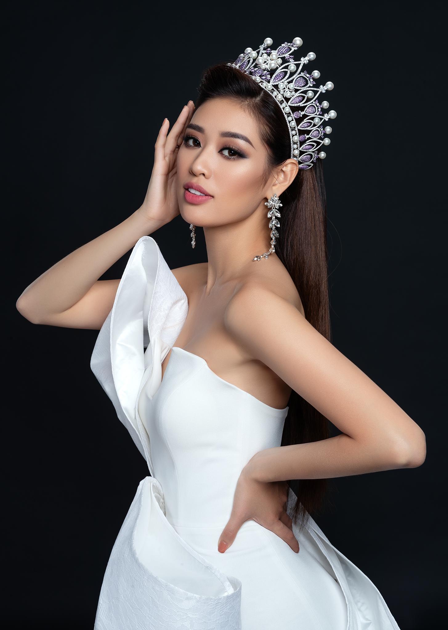 Hoa hậu Khánh Vân vừa thực hiện bộ ảnh beauty đầu tiên của nhiệm kỳ hoa hậuđể tri ân những người đã đồng hành cùng mình trong quãng thời gian trước khi đăng quang Hoa hậu Hoàn vũ Việt Nam 2019.
