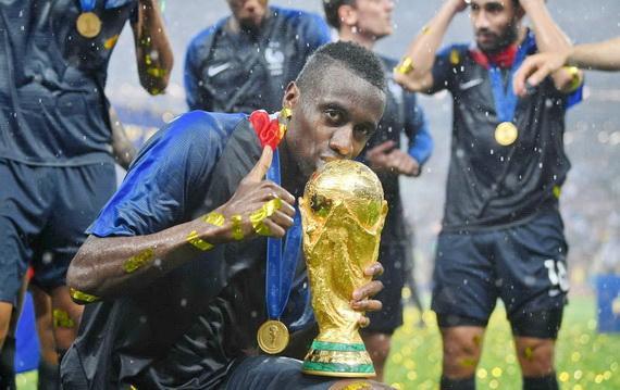 Blaise Matuidi đoạt cúp Vàng thế giới 2018 cùng đội tuyển Pháp