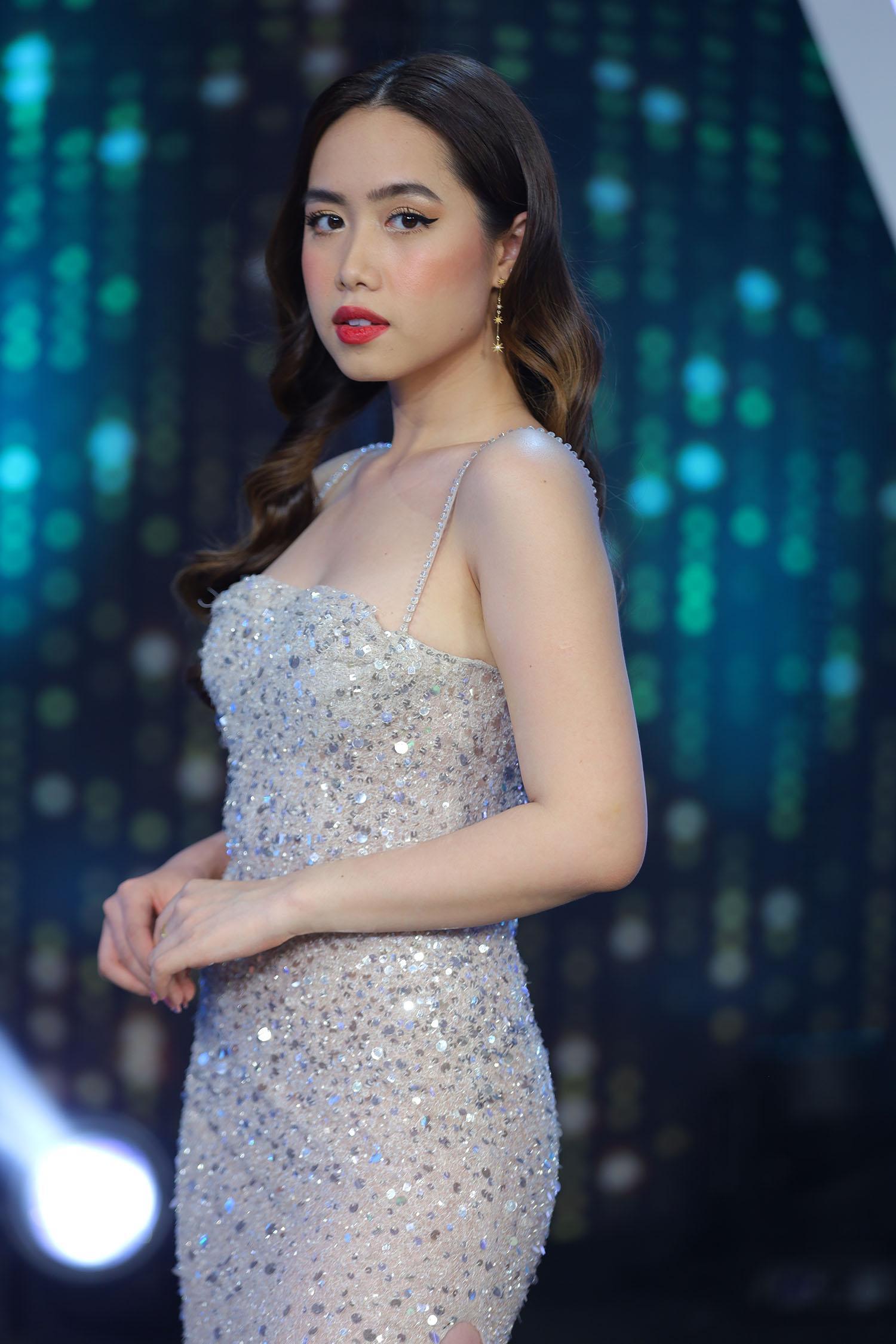 Nữ chính Mina Nguyễn
