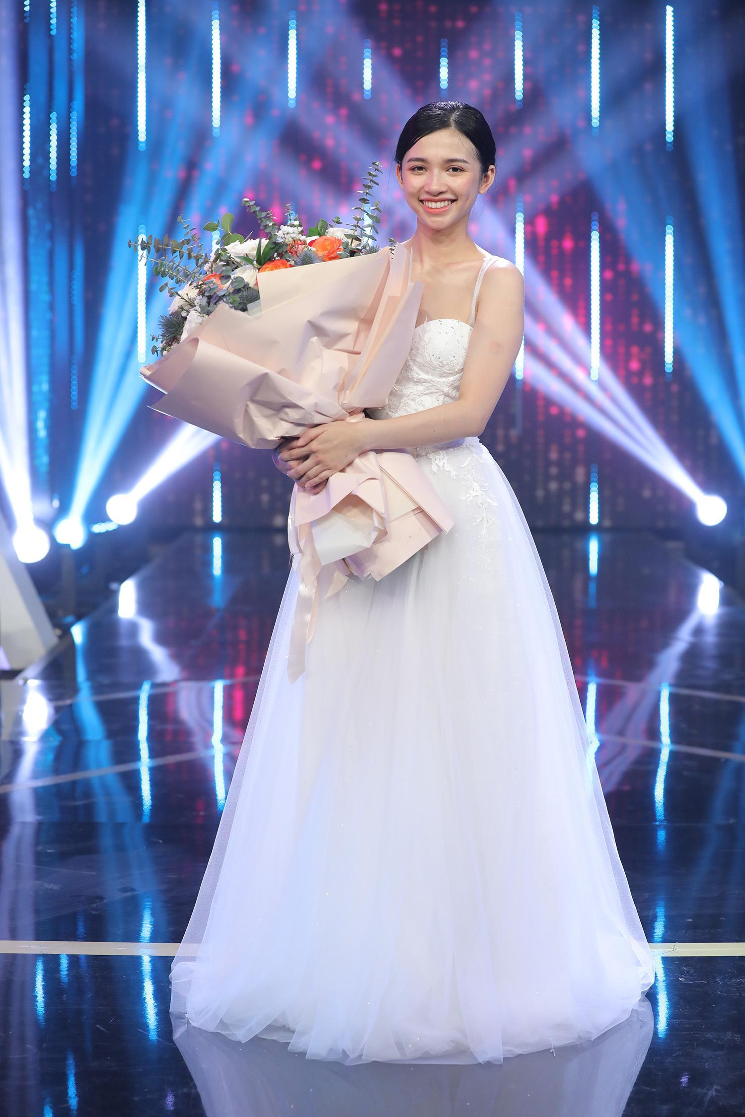 Nữ chính Diễm Quỳnh