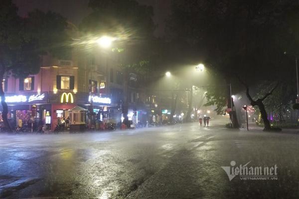 Bắc Bộ đêm nay có nơi mưa to