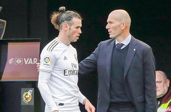 Bale tiếp tục có mối quan hệ căng thẳng với HLV Zidane
