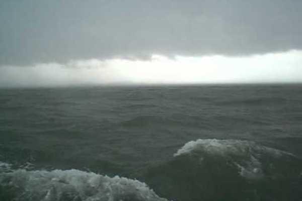 Biển Đông đón bão dồn dập trong tháng 10, 11