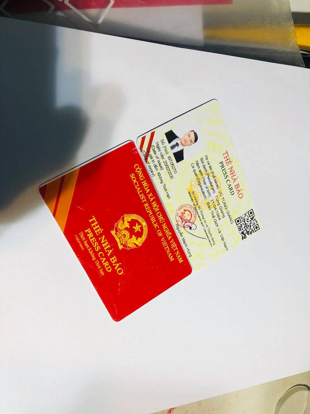 Bộ Công an triệt phá đường dây làm giả sổ đỏ, thẻ nhà báo 'giống như thật'