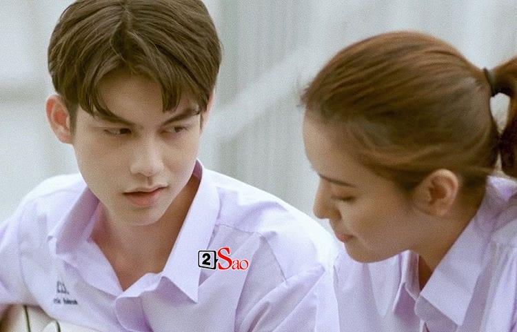 Bông hồng lai Việt gây sốt vì chụp hình cùng cặp hotboy đam mỹ Bright - Win-8