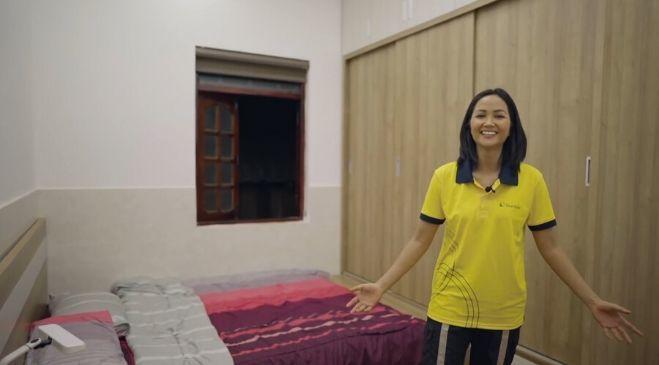 Cận cảnh nhà gần 2,5 tỷ H'Hen Niê mới sửa cho ba mẹ