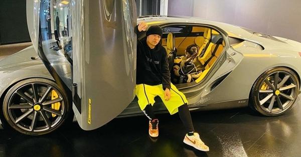 Châu Kiệt Luân tặng siêu xe 73 tỷ cho con gái 5 tuổi