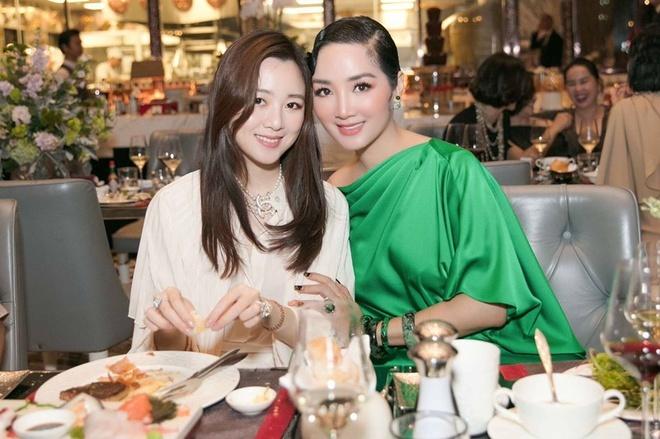 Bất ngờ nhan sắc xinh đẹp của Anh Sa - con gái Hoa hậu Giáng My