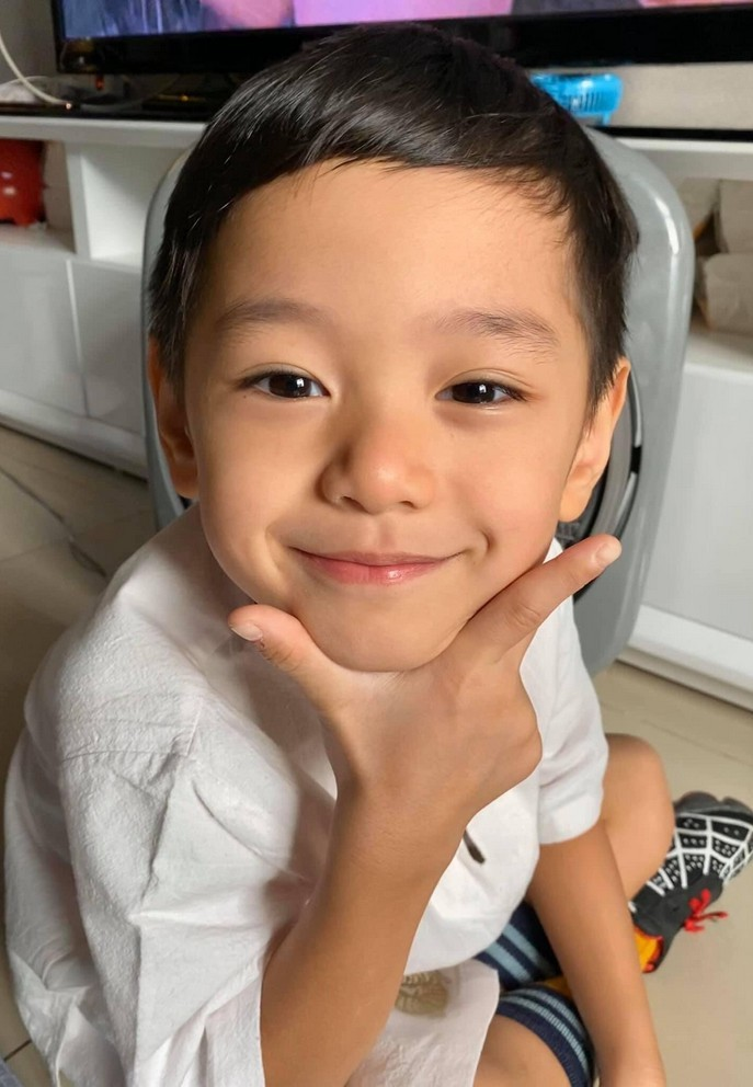 Con trai 6 tuổi đáng yêu và xinh xắn của Trà My Idol