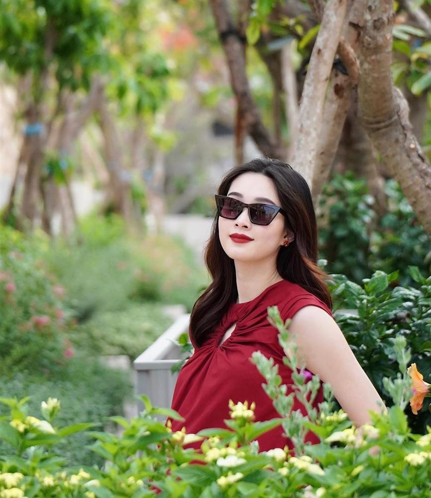 Hoa hậu Đặng Thu Thảo hạ sinh quý tử nặng 3.5kg cho chồng đại gia-1