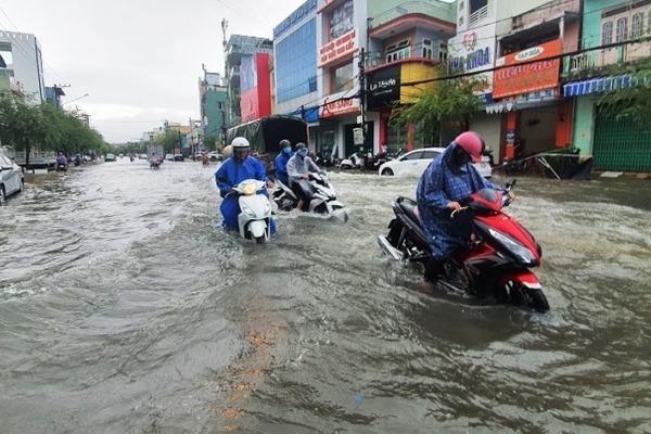 Dự báo thời tiết 8/10, miền Trung mưa lớn, nguy cơ ngập nhiều nơi