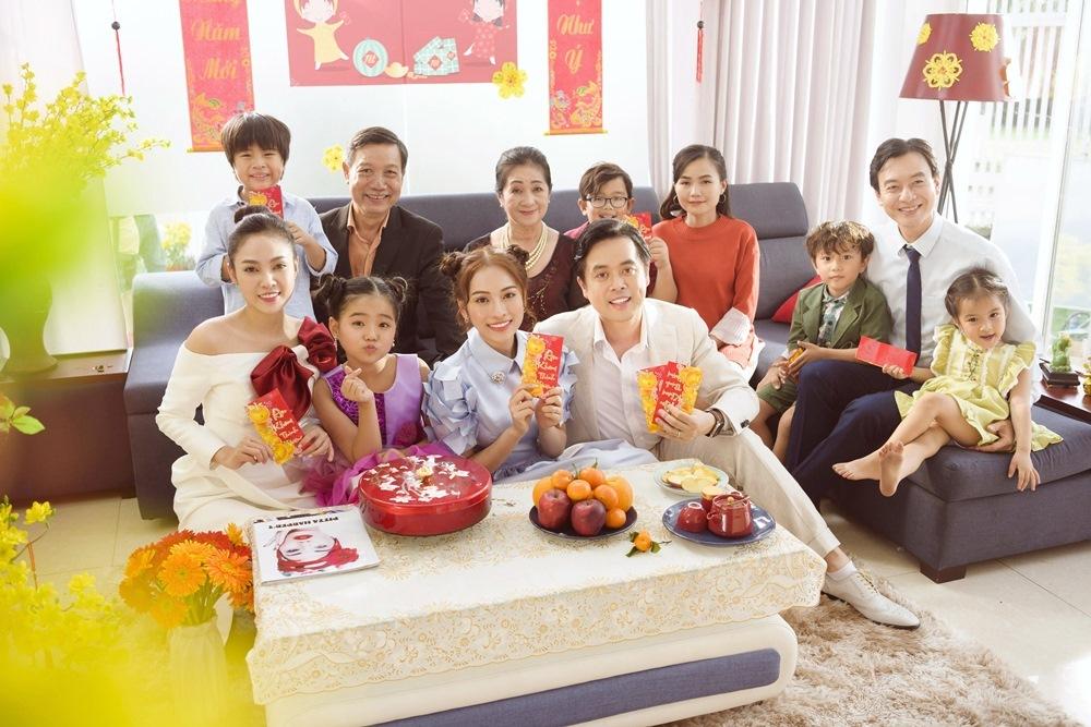 Dương Khắc Linh, Sara Lưu tưng bừng đón Tết sau đám cưới