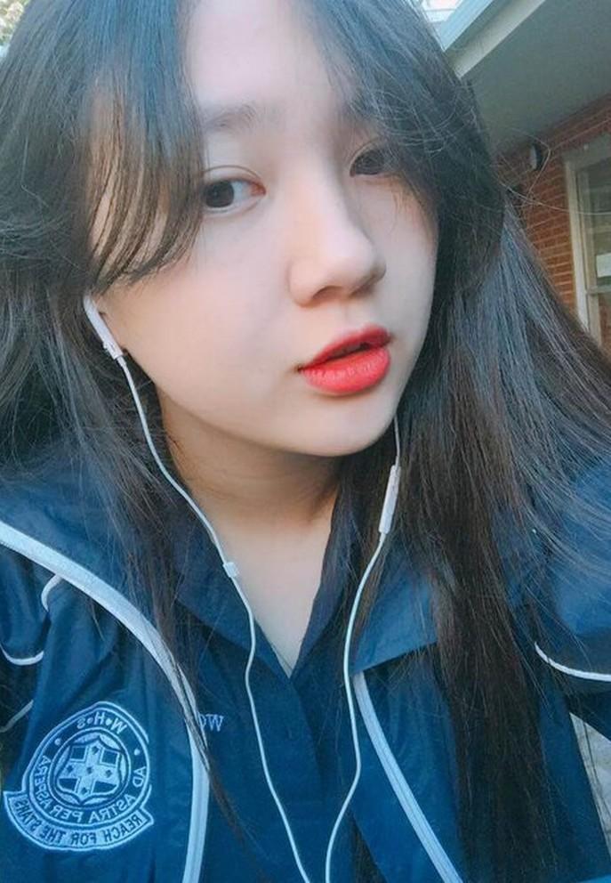 Em gái hotgirl của Bảo Anh cao 1m72, đẹp rạng rỡ