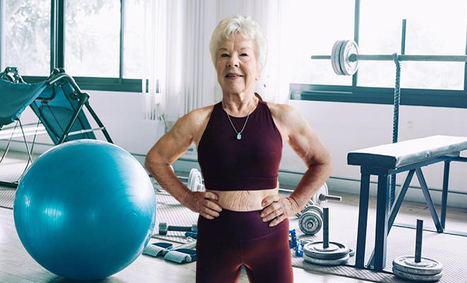 Choáng với bà ngoại cơ bắp - người mẫu thể hình tuổi 74 - Ảnh 5.