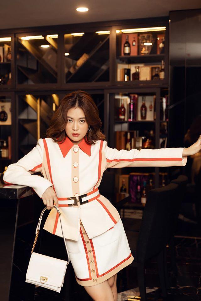 Gu thời trang ngày càng đẳng cấp của Hoàng Thùy Linh