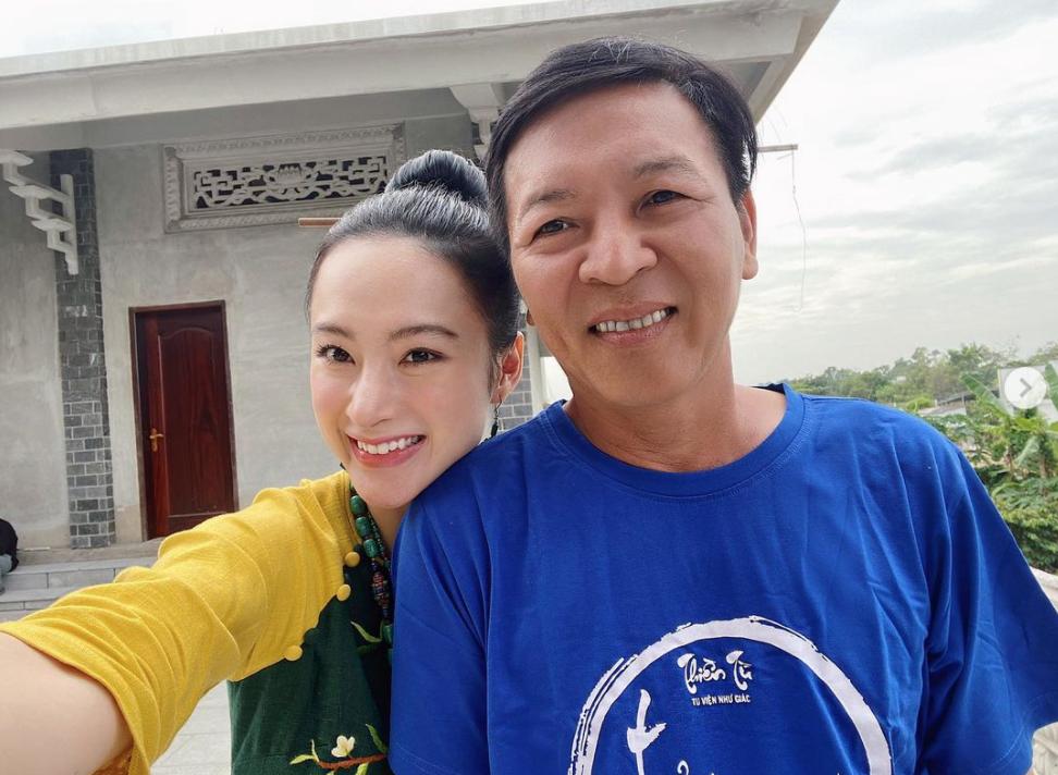 Hồ Ngọc Hà lấy lại vóc dáng sau 2 tháng sinh con