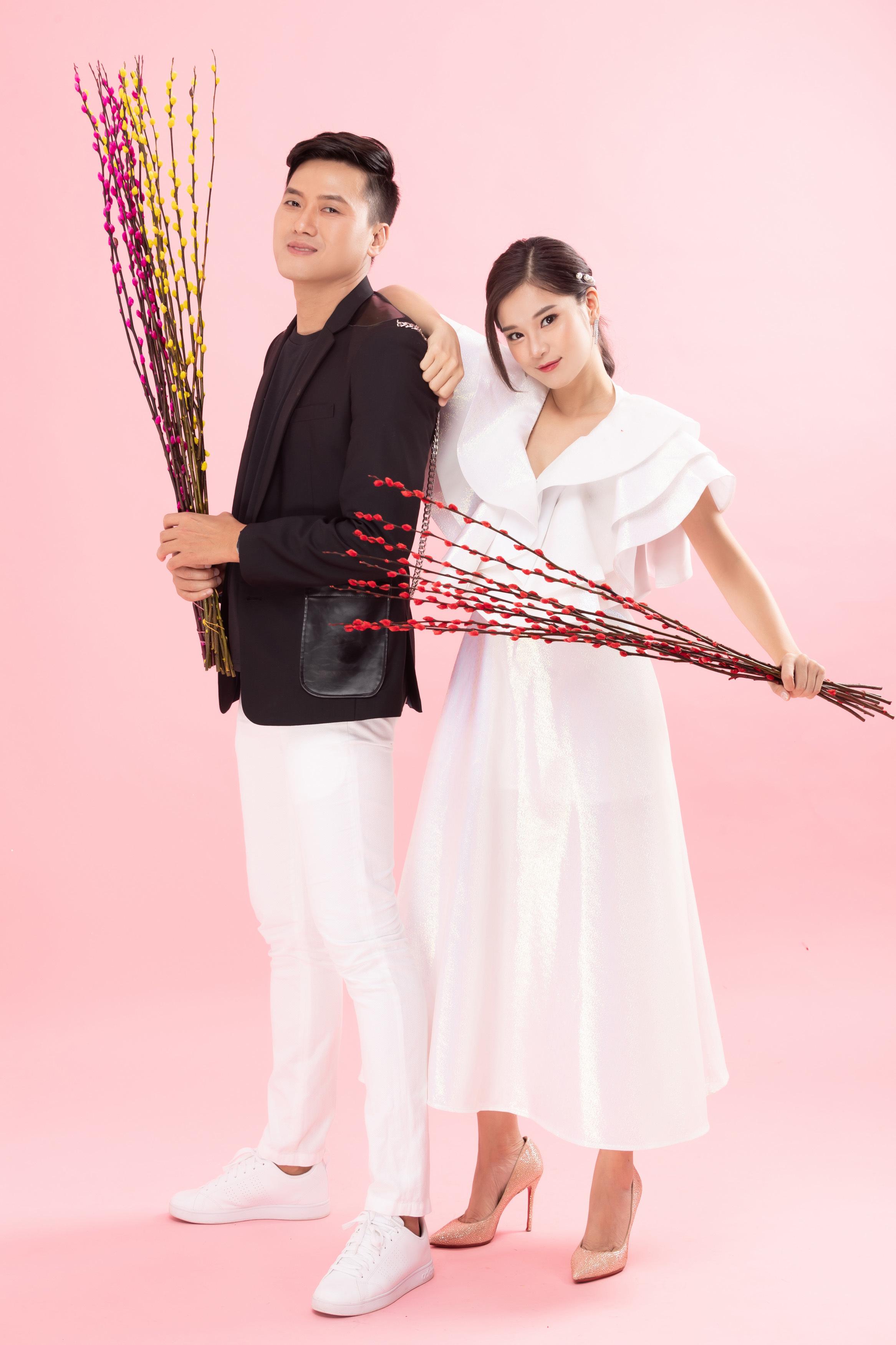 Hoàng Yến Chibi, Quách Ngọc Tuyên gợi ý trang phục 3 ngày Tết