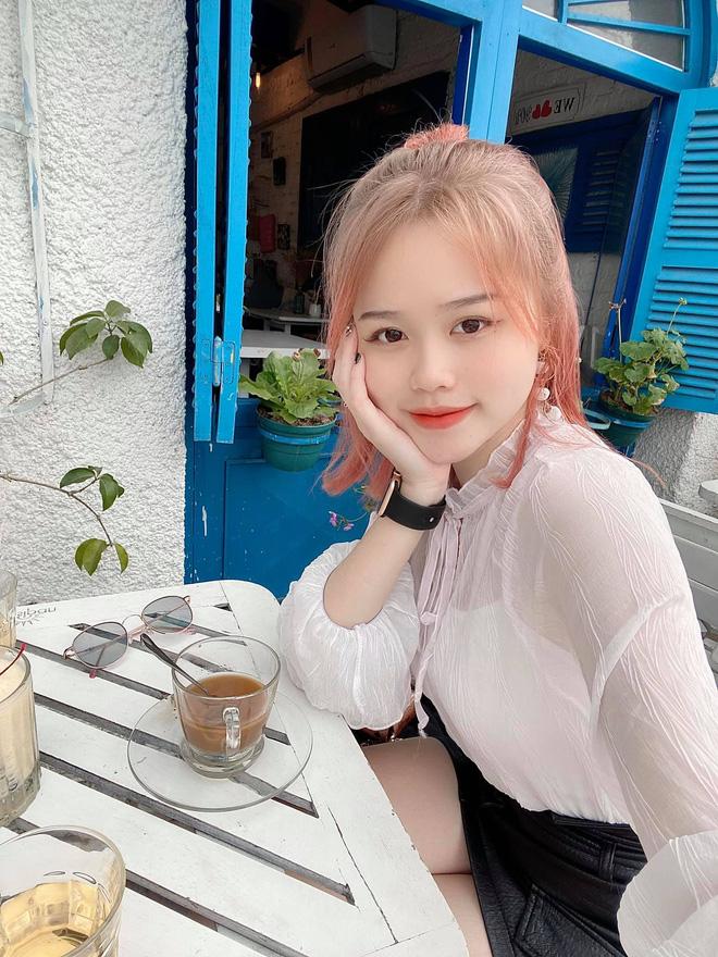 Quang Hải lộ bằng chứng hẹn hò người yêu mới Huỳnh Anh khi vẫn đang nhập nhằng với Nhật Lê-16