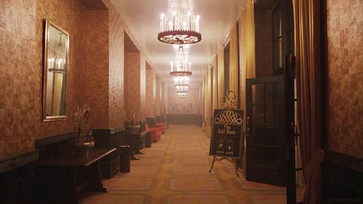 Những hành lang nhìn là rợn tóc gáy của khách sạn Overlook