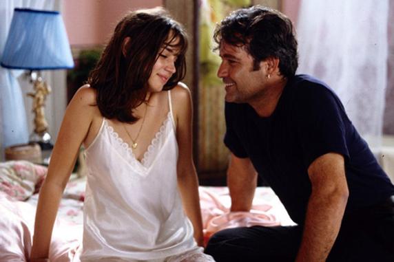 Vẻ đẹp hút hồn của Ana trong phim điện ảnh đầu tay Una rosa de Francia (2006)
