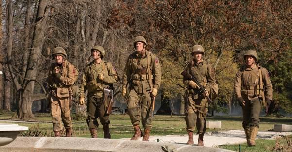Nhóm 5 người lính Mỹ