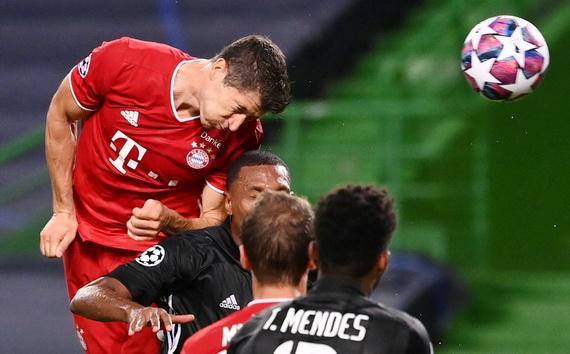 Lewandowski ghi bàn ấn định chiến thắng 3-0 cho Bayern Munich