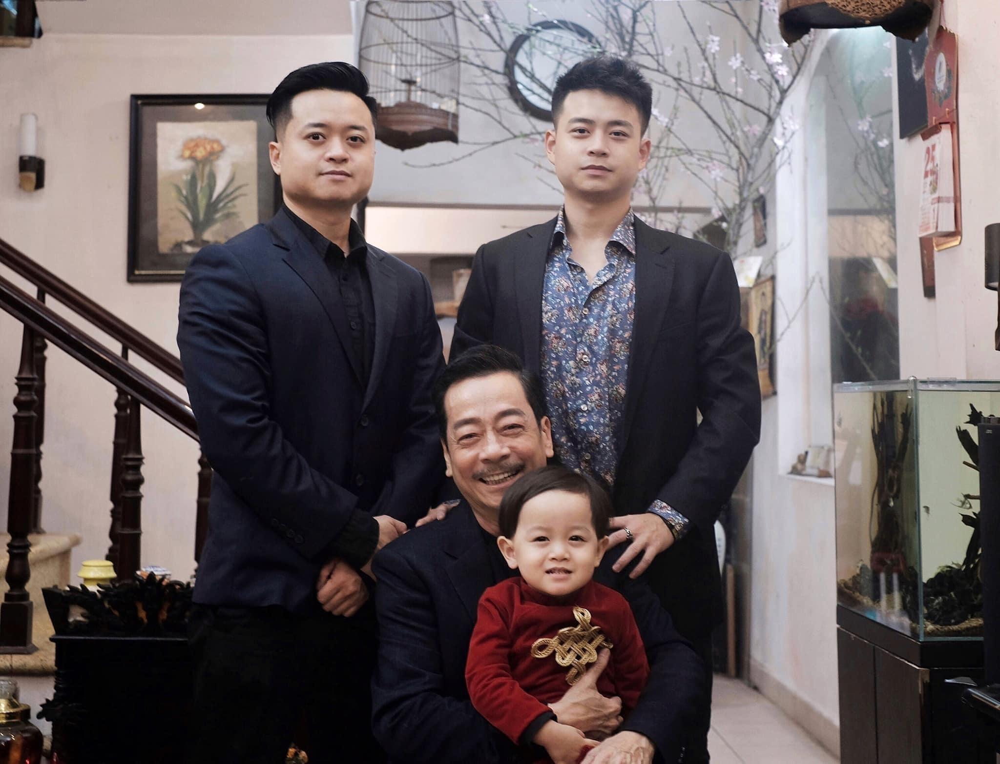 Con trai NSND Hoàng Dũng: 'Hẹn bố ở một nơi khác, con yêu bố'