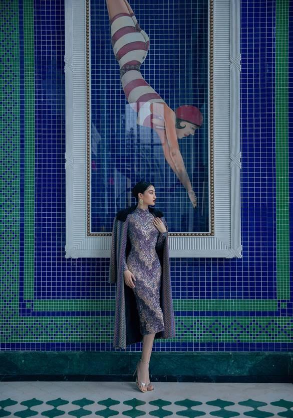 Hoa hậu Lương Thùy Linh diện quần ngắn khoe chân dài 1m22