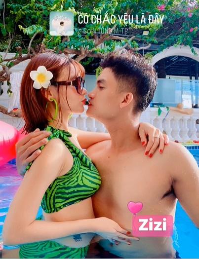 Vợ sắp cưới khoe ảnh nóng bên Mạc Văn Khoa sau thông báo hoãn tổ chức hôn lễ-1