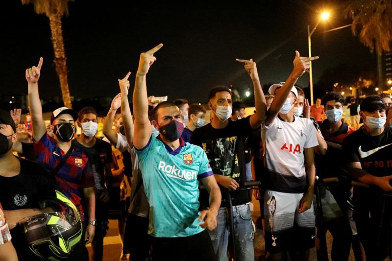 Messi gây chấn động, đệ đơn rời Barca ngay lập tức