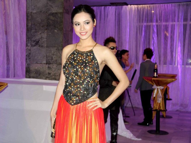Mỹ nhân Việt nào mặc áo yếm đẹp nhất?