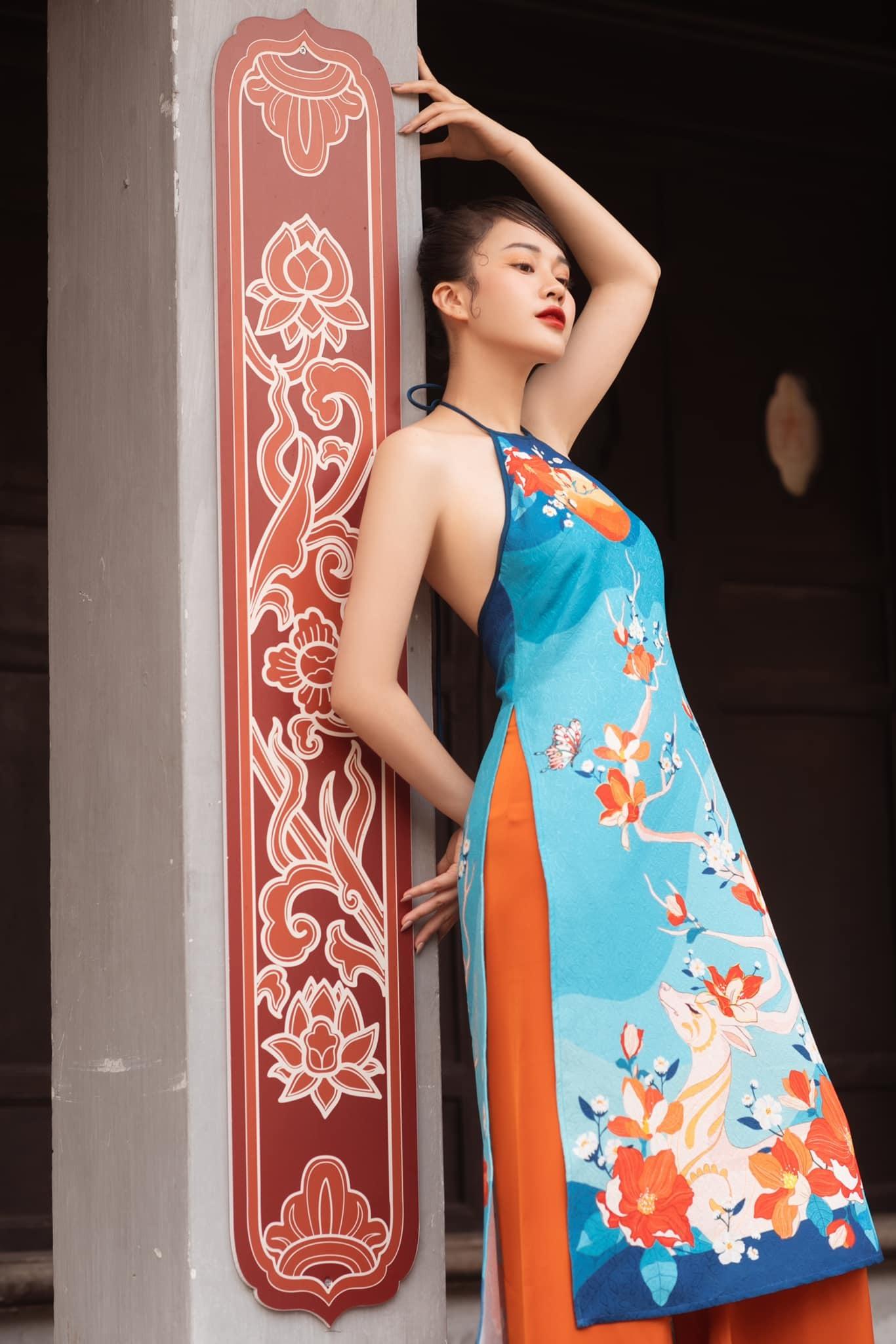 MC Ngô Mai Phương VTV gợi cảm với áo yếm
