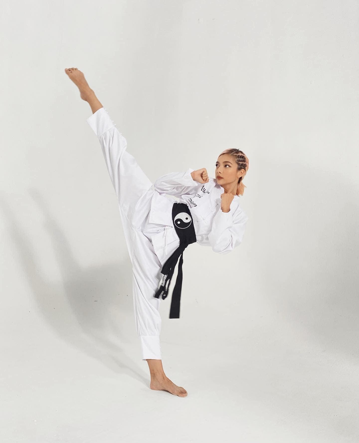 Nhan sắc nữ diễn viên 9X đai đen võ thuật là con gái hoa hậu điện ảnh