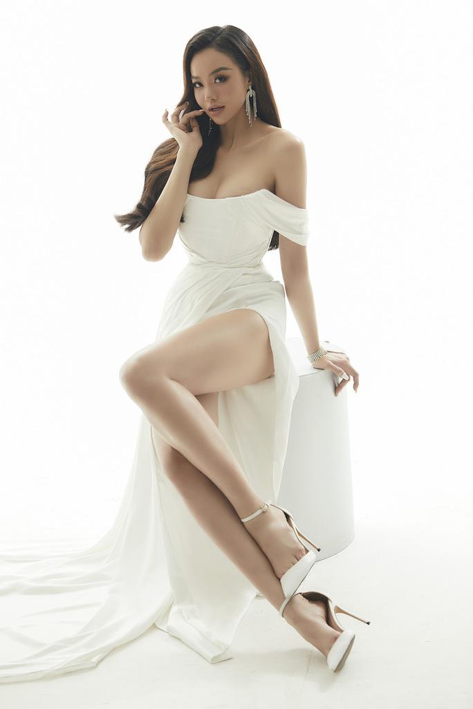 Hoa hậu Kiều Ngân tung bộ ảnh sexy - Ảnh 3.