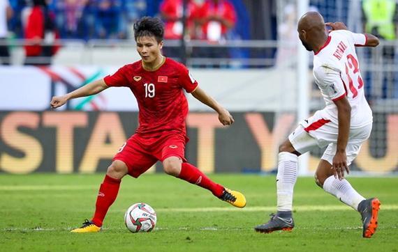 Quang Hải xứng đáng được đề cử cạnh tranh danh hiệu Cầu thủ xuất sắc nhất châu Á 2019. Ảnh: Fox