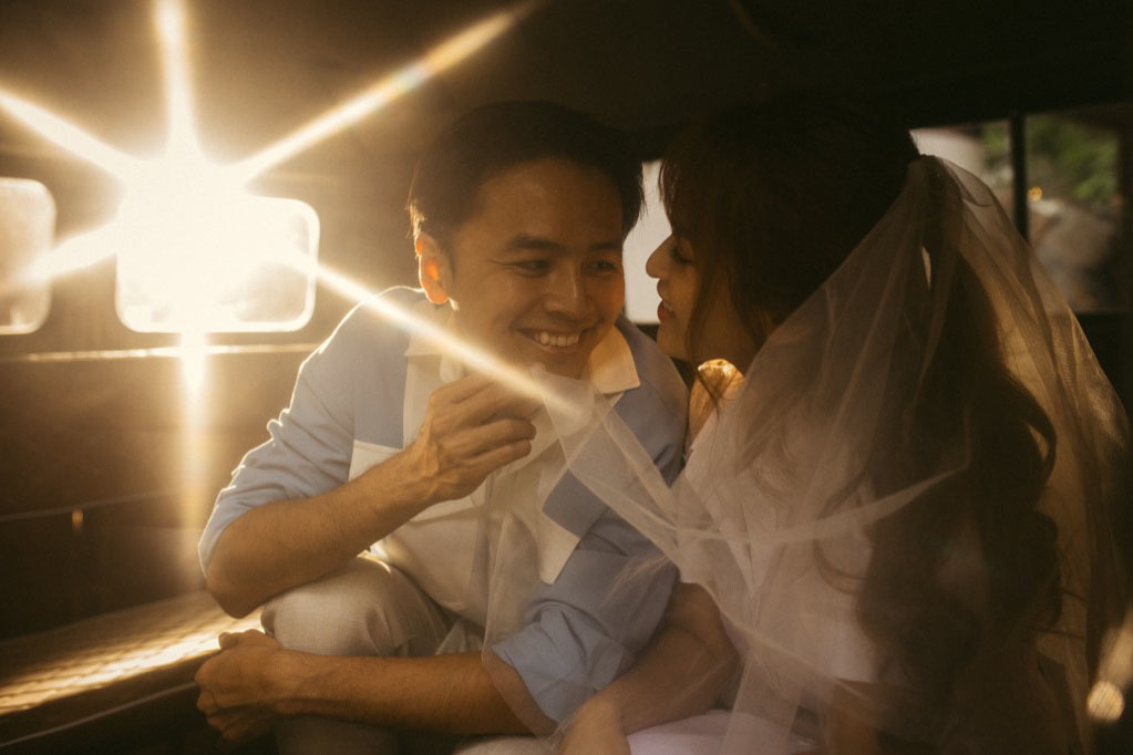 Sau 5 năm kết hôn, Văn Anh - Tú Vi vẫn ngọt ngào như lúc mới yêu