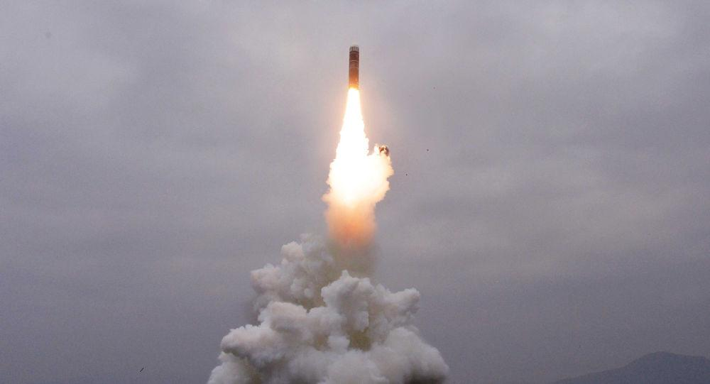 Triều Tiên lại vừa phóng đi các vật thể không xác định
