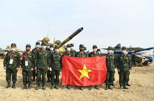 Tuyển xe tăng Việt Nam nhận cúp vô địch Army Games 2020 - Ảnh 2.