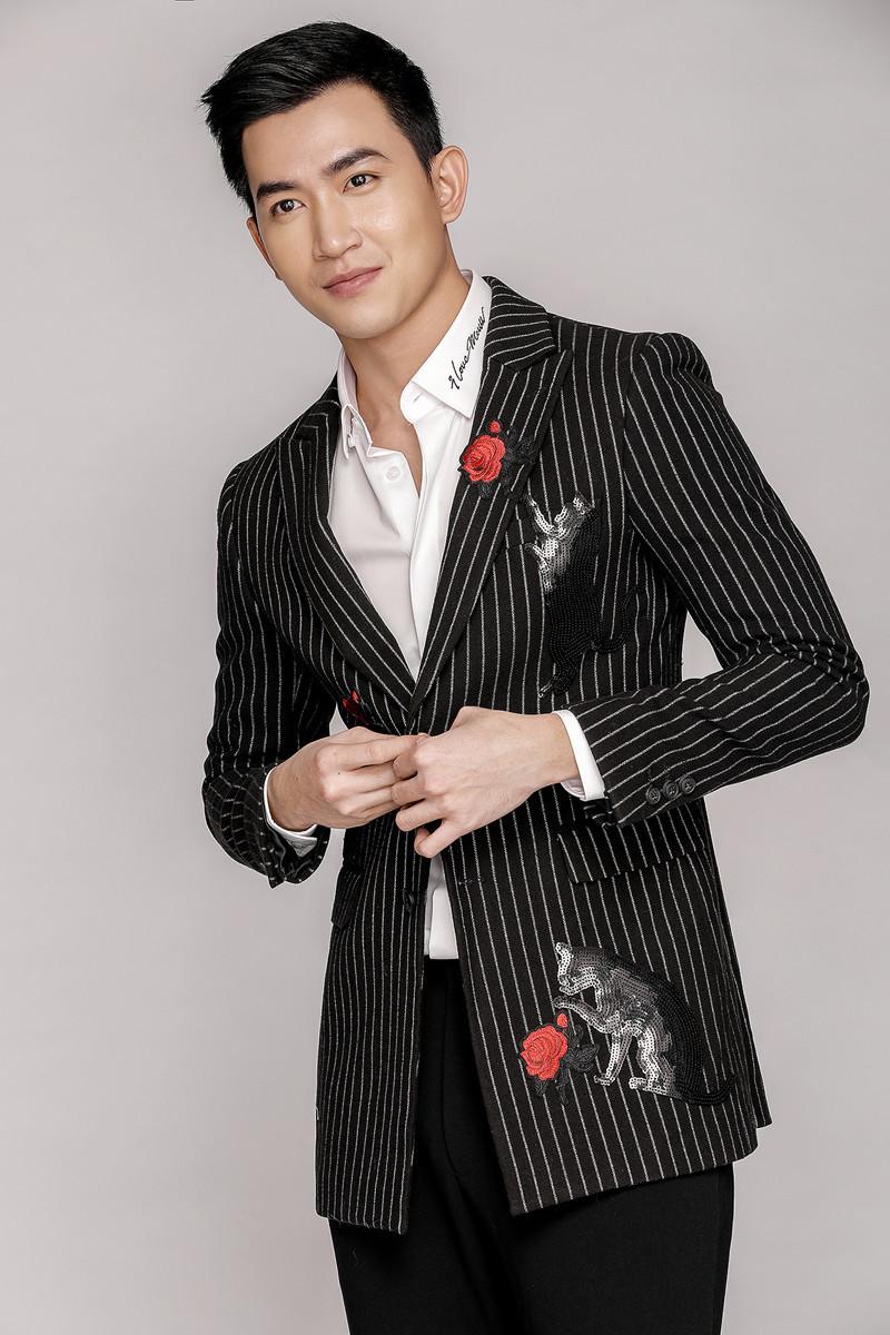 Người mẫu Võ Cảnh trở lại phong trần, cá tính