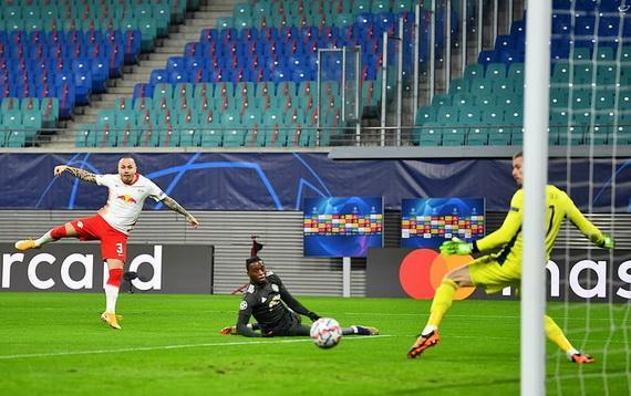 An sút tung lưới Man Utd ngay phút thứ 2 của trận đấu!