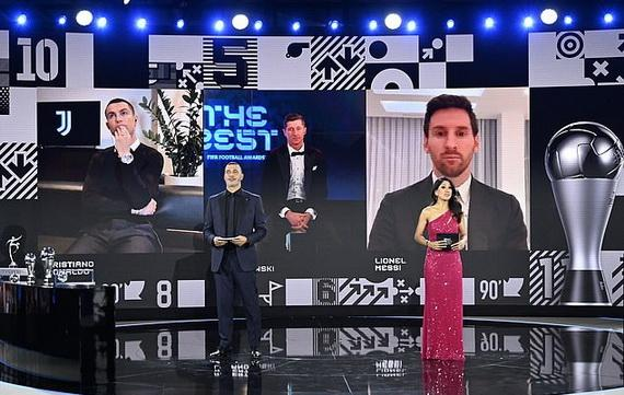 C.Ronaldo và Messi trong buổi lễ trao giải trực tuyến
